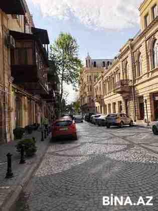 3 otaqlı köhnə tikili - Sahil m. - 70 m² (1)