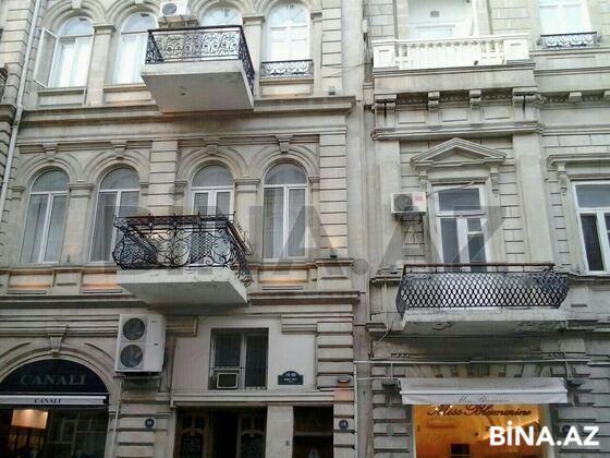 3 otaqlı köhnə tikili - Səbail r. - 100 m² (1)