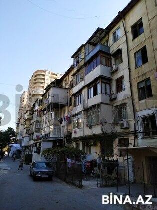 3 otaqlı köhnə tikili - 20 Yanvar m. - 73 m² (1)
