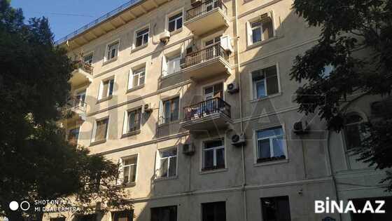 2 otaqlı köhnə tikili - 28 May m. - 45 m² (1)