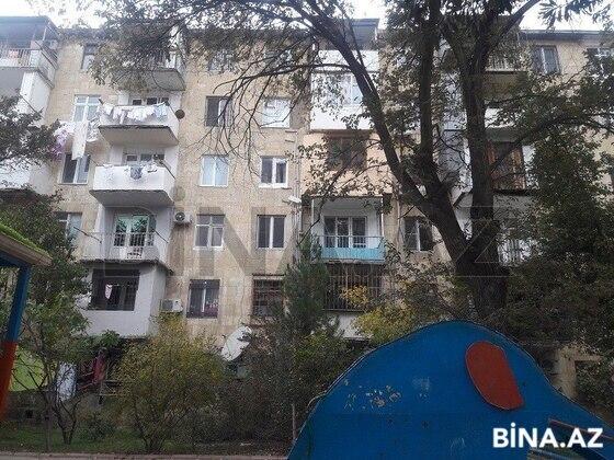 2 otaqlı köhnə tikili - 28 May m. - 60 m² (1)
