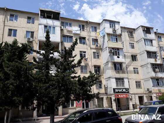3 otaqlı köhnə tikili - Neftçilər m. - 70 m² (1)