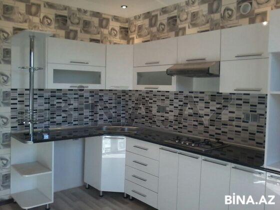 6 otaqlı ev / villa - Bakıxanov q. - 180 m² (1)