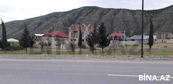 6 otaqlı ev / villa - Şəki - 300 m² (1)