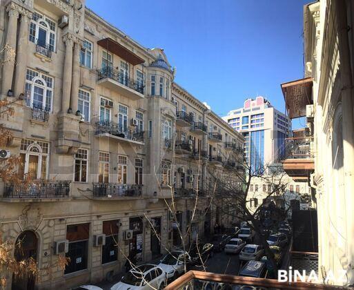 3 otaqlı köhnə tikili - Nəsimi r. - 120 m² (1)