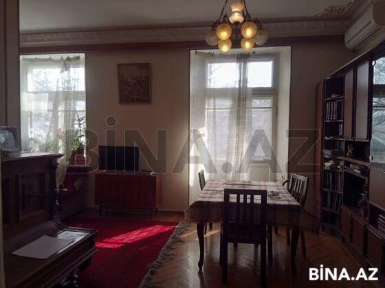 3 otaqlı köhnə tikili - 28 May m. - 110 m² (1)