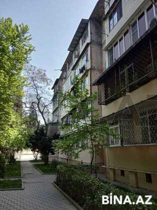 3 otaqlı köhnə tikili - Qara Qarayev m. - 65 m² (1)