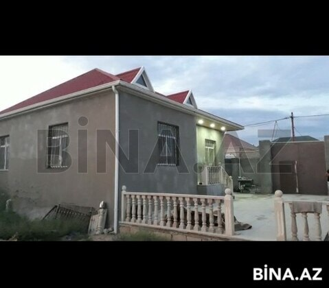 3 otaqlı ev / villa - Qala q. - 90 m² (1)