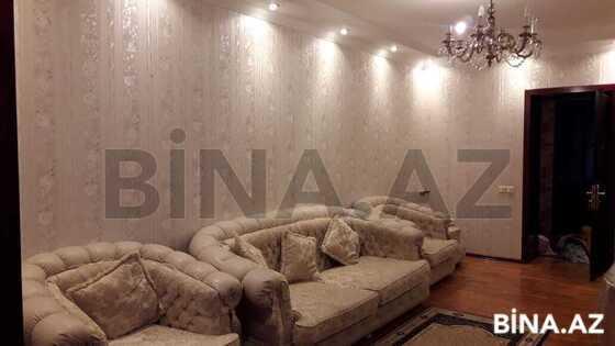 3 otaqlı köhnə tikili - Neftçilər m. - 67 m² (1)