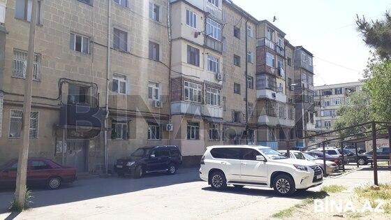 5 otaqlı köhnə tikili - 8-ci mikrorayon q. - 110 m² (1)