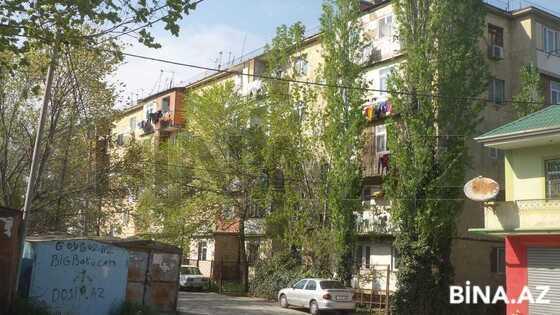 4 otaqlı köhnə tikili - Avtovağzal m. - 70 m² (1)
