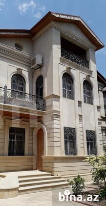 7 otaqlı ev / villa - 6-cı mikrorayon q. - 500 m² (1)