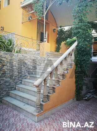 10 otaqlı ev / villa - Bayıl q. - 400 m² (1)
