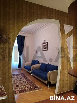 3 otaqlı köhnə tikili - 28 May m. - 90 m² (1)