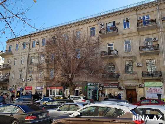 2 otaqlı köhnə tikili - 28 May m. - 64 m² (1)