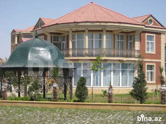 8 otaqlı ev / villa - Şıxov q. - 700 m² (1)