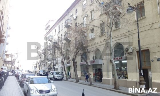 8 otaqlı köhnə tikili - İçəri Şəhər m. - 230 m² (1)