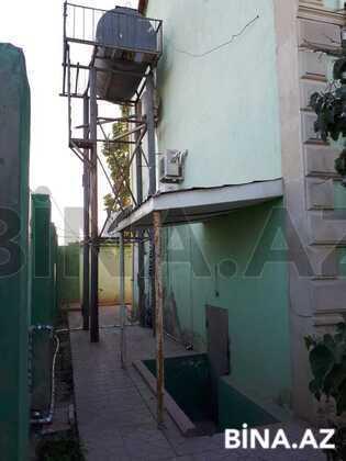 Bağ - Novxanı q. - 240 m² (1)