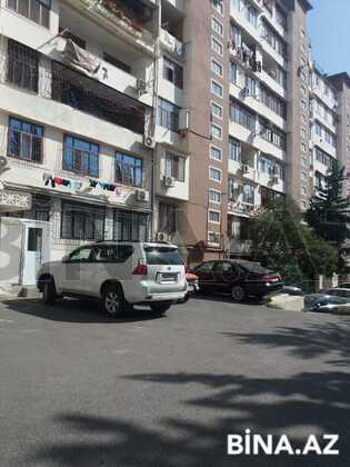 3 otaqlı köhnə tikili - Azadlıq Prospekti m. - 65 m² (1)