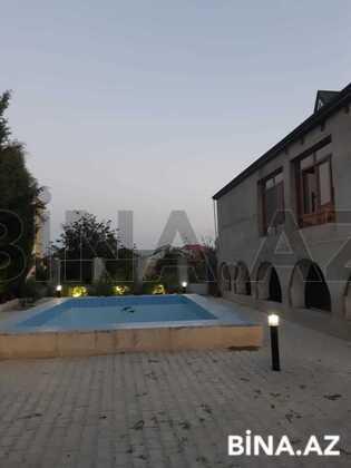 8 otaqlı ev / villa - Saray q. - 300 m² (1)