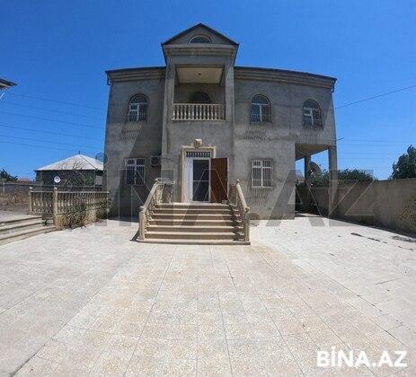 6 otaqlı ev / villa - Saray q. - 230 m² (1)