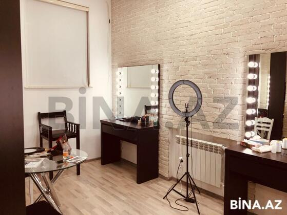 Obyekt - Nizami m. - 300 m² (1)