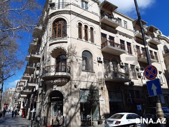 6 otaqlı köhnə tikili - Sahil m. - 285 m² (1)