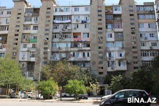 3 otaqlı köhnə tikili - 7-ci mikrorayon q. - 80 m² (1)