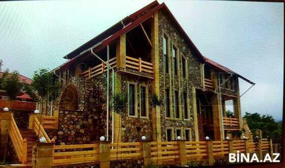 8 otaqlı ev / villa - Quba - 350 m² (1)