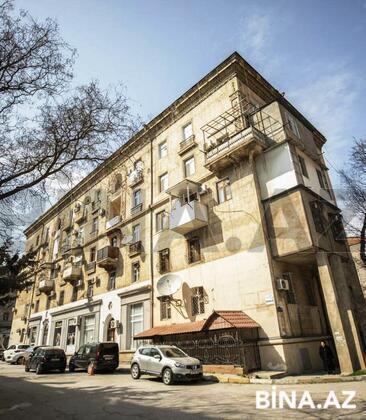 3 otaqlı köhnə tikili - Nəsimi r. - 82 m² (1)