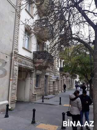 2 otaqlı köhnə tikili - 28 May m. - 56 m² (1)