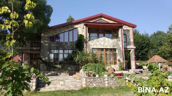 10 otaqlı ev / villa - Qəbələ - 300 m² (1)