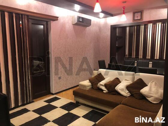 3 otaqlı köhnə tikili - Azadlıq Prospekti m. - 80 m² (1)