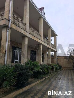 7 otaqlı ev / villa - Novxanı q. - 300 m² (1)