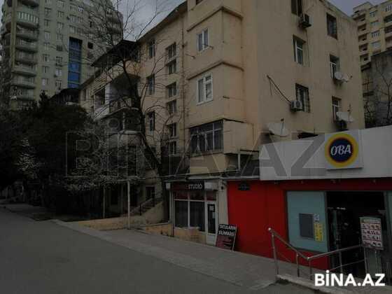 2 otaqlı köhnə tikili - İnşaatçılar m. - 55 m² (1)