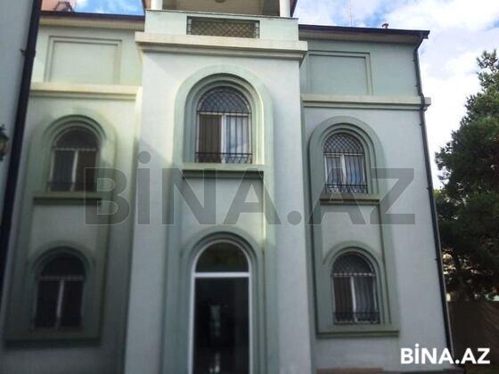 6 otaqlı ev / villa - Neftçilər m. - 300 m² (1)