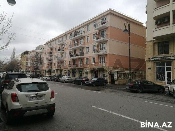 3 otaqlı köhnə tikili - 28 May m. - 65 m² (1)