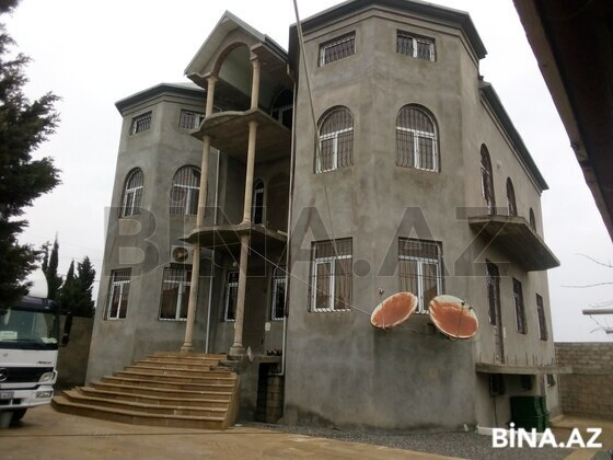 8 otaqlı ev / villa - Buzovna q. - 687 m² (1)