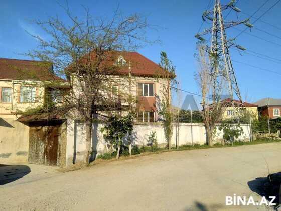 6 otaqlı ev / villa - M.Ə.Rəsulzadə q. - 270 m² (1)