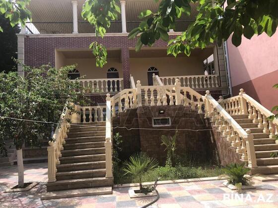6 otaqlı ev / villa - Novxanı q. - 500 m² (1)