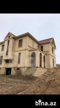 6 otaqlı ev / villa - Novxanı q. - 260 m² (1)