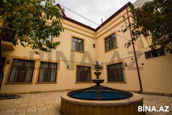 8 otaqlı ev / villa - Abşeron r. - 600 m² (1)