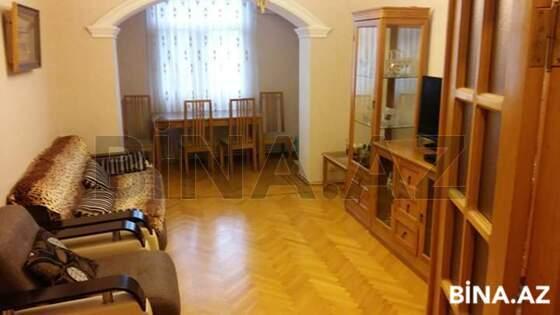 2 otaqlı köhnə tikili - Elmlər Akademiyası m. - 62 m² (1)