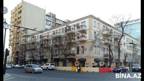 6 otaqlı köhnə tikili - 28 May m. - 130 m² (1)