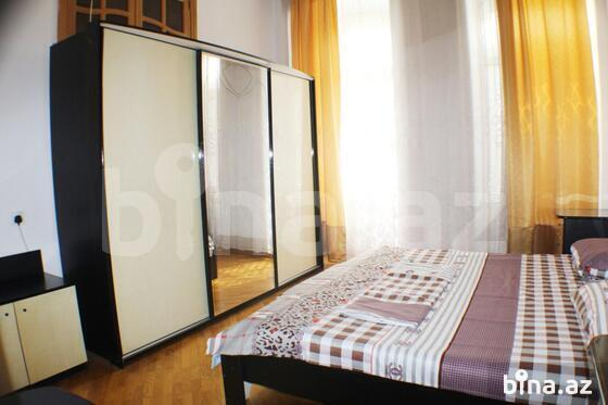 2 otaqlı köhnə tikili - Sahil m. - 100 m² (1)