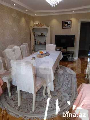 2 otaqlı köhnə tikili - 28 May m. - 70 m² (1)