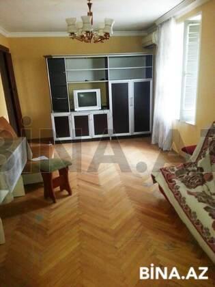 2 otaqlı köhnə tikili - İnşaatçılar m. - 32 m² (1)