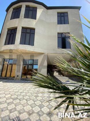 6 otaqlı ev / villa - M.Ə.Rəsulzadə q. - 375 m² (1)