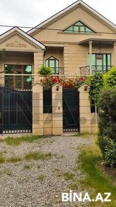 7 otaqlı ev / villa - Qaraçuxur q. - 235 m² (1)