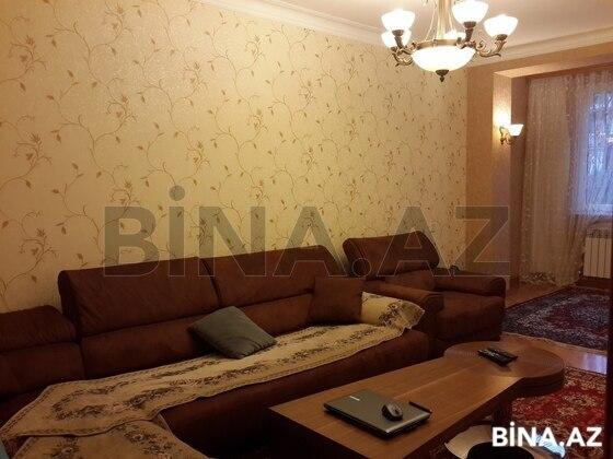 4 otaqlı köhnə tikili - 4-cü mikrorayon q. - 105 m² (1)